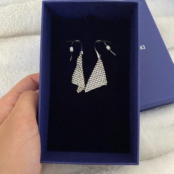 Swarovski Crystal Triangular Drop Earrings- NW